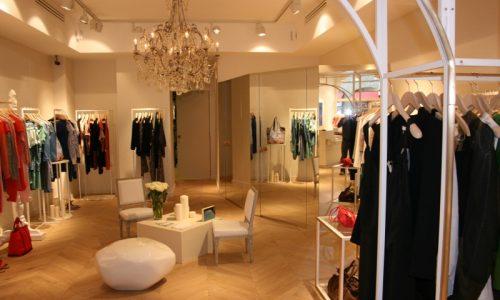 Agenceent Sur Mesure D'un Commerce De Vêtement